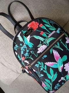 Kate Spade wilson road hummingbird floral small bradley in black multi