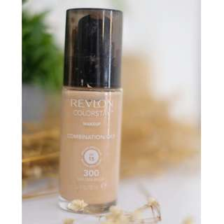 REVLON COLORSTAY FULL COVERAGE FOUNDATION 24HRS WEAR SPF OIL FREE MATTE MAKEUP - 300 GOLDEN BEIGE (COMBINATION/OILY SKIN)