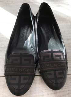 Givenchy Flat Shoes