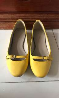 Balenciaga flat shoes size 37
