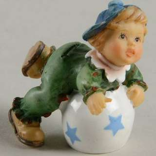 "Goebel Hummel Figurine ""Rolling Around"" #2088/B TMK 8"