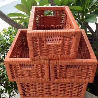 Pre loved Weaved 5 set basket