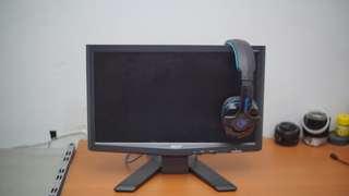 Monitor 16 inch