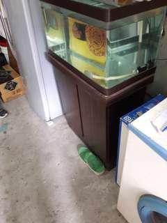 🚚 2呎魚缸+下座