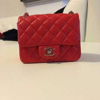 香奈兒專櫃正品Chanel Mini 17公分小羊皮 紅色銀鏈 22開