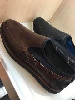 #jastip sepatu pria hush puppies