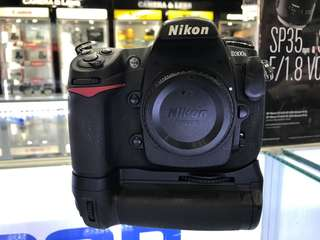 Nikon D300s + Battery Grip