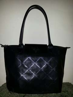 Longchamp metal black small size (authentic).