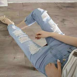 BF DENIM TATTERED JEANS EO