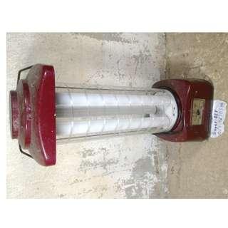 Lampu lantern portable camping rechargeable antik ac 220v