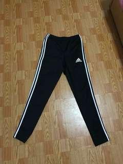 🚚 Adidas長褲 非縮口