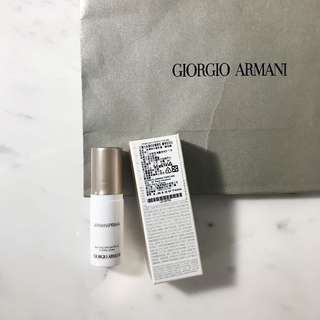 Armani持妝精華乳5ml