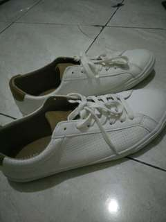 Pull and Bear white shoes