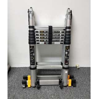🚚 Retractable ladder