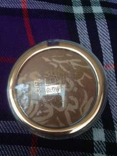 (PRELOVED) CATRICE - Sun Lover Glow Bronzing Powder - 010 Sun Kissed Bronze