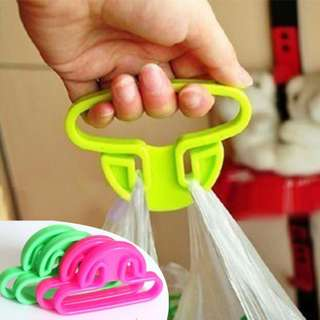 PLASTIC BAG HANGER HAND CARRY
