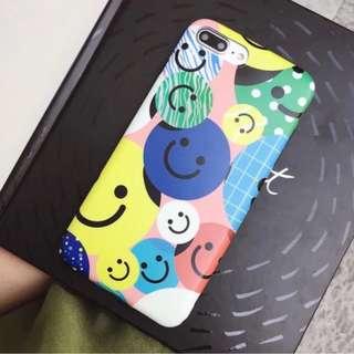手機殼IPhone6/7/8/plus/X : 彩色笑臉全包黑邊磨砂軟殼