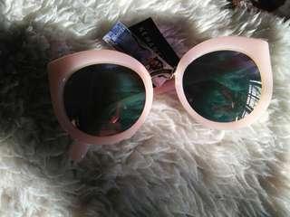 Kacamata Kemamel Devil Cat