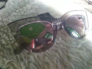 Kemamel Kacamata 60's Lady