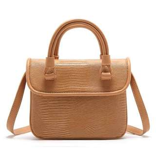 Hand bag selempang sling