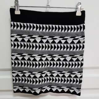 Nyla stretchy tribal skirt