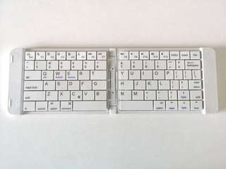 Casestudi Bluetooth Wireless Portable Keyboard (for mobile devices)