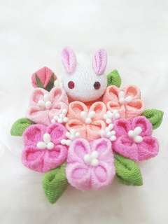BN Handmade Japanese Chirimen Rabbit Bunny Sakura Kanzashi Pin Brooch Hair Clip Accessories