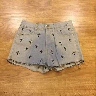 🚚 全新 十字刺繡暈染牛仔短褲