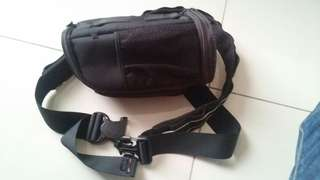 Lowepro belt and lens pounch