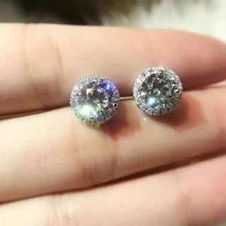 Tiffany 耳釘