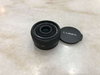 Panasonic Lumix 14mm f2.5 pancake lens