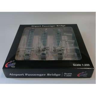 1/200 JC Wings Airport Aerobridge