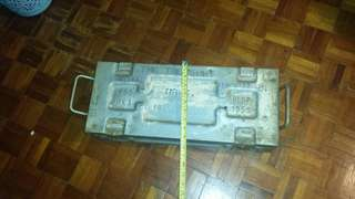 香港政府運鈔鋼箱