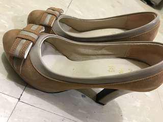 蝴蝶結高踭鞋