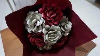 Bunga bouquet maroon
