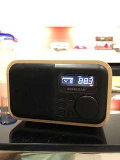 Sonicgear Pandora Neo Classic 800 Bluetooth Radio MP3 speaker