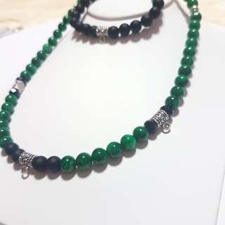 Amulet neckalce 3+1hook Green African Jade    1 ex stock only