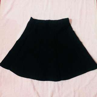 Black thick skater skirt