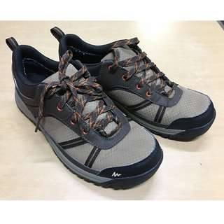 hiking shoes mens