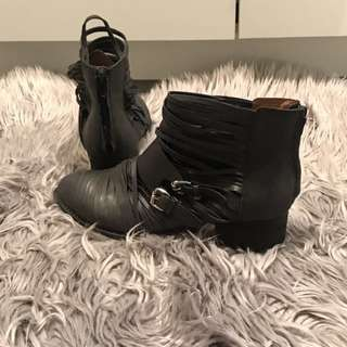 Authentic Jeffery Campbell Handmade Ibiza Black Leather Buckle Ankle Boots Size 39