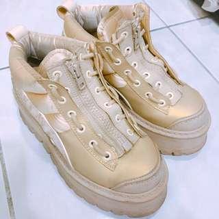 🚚 Puma*fenty boots 蕾哈娜 正品!女鞋 女靴 厚底 二手