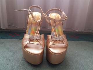 Platform heels wedding shoes