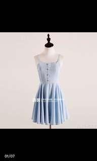 🚚 夏季氣質淺藍吊帶連衣裙 洋裝