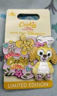 Disney Cookie pin 迪士尼限量版徽章。