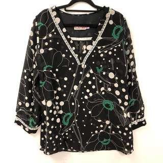 See by Chloe flowers and white dots spring top size F40
