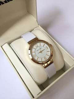 NEW! ANNE KLEIN GOLD-TONE & WHITE RESIN BANGLE WATCH AUTHENTIC