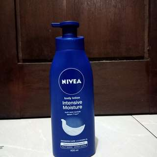 BODY LOTION NIVEA