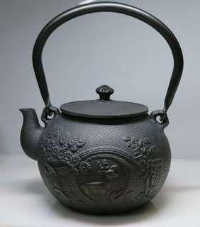 🚚 [老茗器]早期提樑大鐵壺 黑色 1380CC