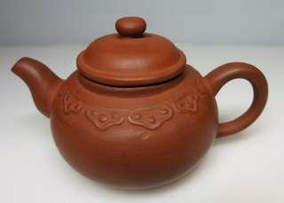 🚚 [老茗器]紫砂壺~紅土 早期雲肩壺 有落款 140CC