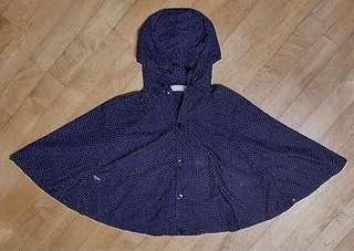 :White Chocoolate 黑色底 白色波點 Dot柄 斗蓬雨褸 Raincoat (帽可拆)